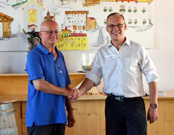 Obmann Josef Waldner begrüßt GM Markus RAGGER